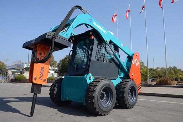 wheeled-skid-steer-loader-97DE57729-976C-0EA4-AB2C-EA3BF3EDE2CC.jpg